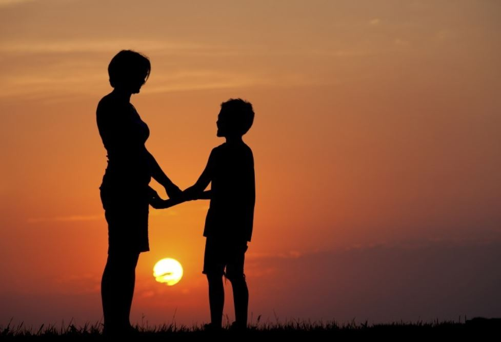 ibu-dan-anak-pinterset-kak-zepe-lagu-anak-duniabelajar-anak-marbel