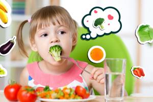 Moms, Makanan Apa Sih Yang di Butuhkan Anak Sesuai Dengan Usianya?
